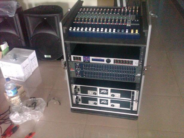 Sound System Organ Tunggal Musik Keyboard Live