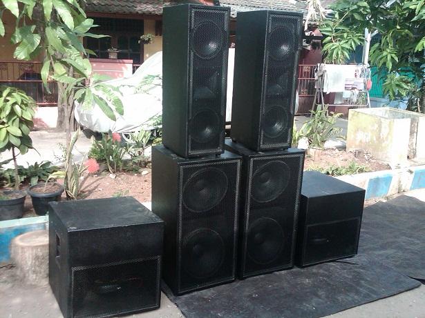 Pesanan sound system ke parlilitan sumatra utara organ for Ukuran box salon 8 inch
