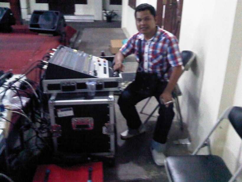 IMG00418-20130615-2030